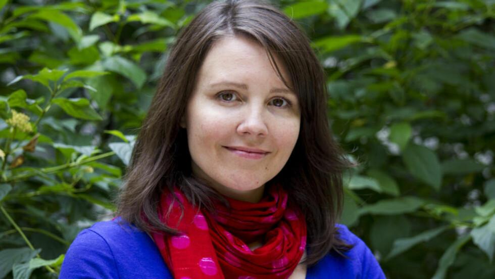FANTASYDEBUTANT: Tone Almhjell debuterer med fantasyroman i oktober, på det amerikanske storforlaget Penguin. Foto: LINE ALMHJELL