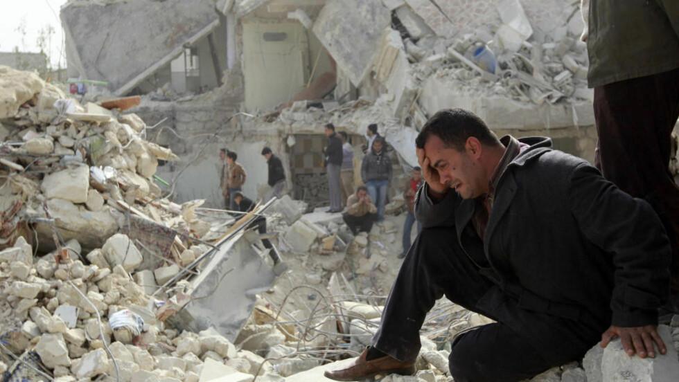 HUMANITÆR KRISE: «Kjølig analyse er den beste oppskriften for effektiv bruk av militærmakt, også når det dreier seg om humanitære formål», skriver kronikkforfatteren. Bildet er tatt i byen Aleppo i februar. Foto: Muzaffar Salman / Reuters / NTB Scanpix