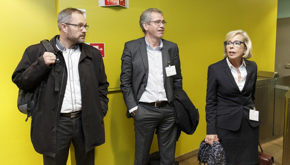 NYTT MØTE: Her er f. h. Anne-Grete Strøm-Erichsen, Einar Enger og Knut Johannessen i Rygge Airport as hos Olav Thon den 29. august, hvor de snakket om framtida til flyplassen på Rygge. Imorgen skal partene møtes på nytt - denne gang på Rygge. Foto: Gorm Kallestad / NTB scanpix
