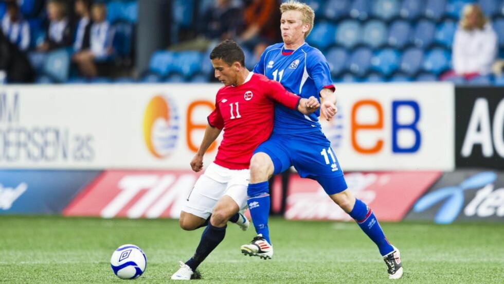 <strong>SIGNERTE FOR NY KLUBB:</strong> Norges Omar Elabdellaoui fra EM-kvalifiseringskampen mellom Norge og Island. Nå har U21-spilleren signert for nyopprykkede Eintracht Braunschweig. Foto: Vegard Grøtt / NTB scanpix