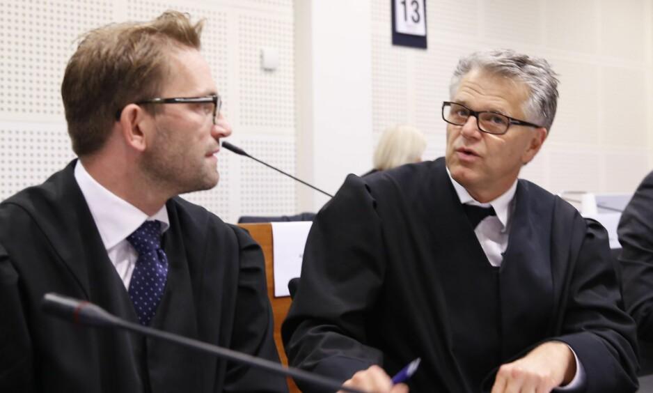 FORSVARERE: Advokat Martin Hay og advokat Øystein Storrvik. Foto: Gorm Kallestad / NTB scanpix