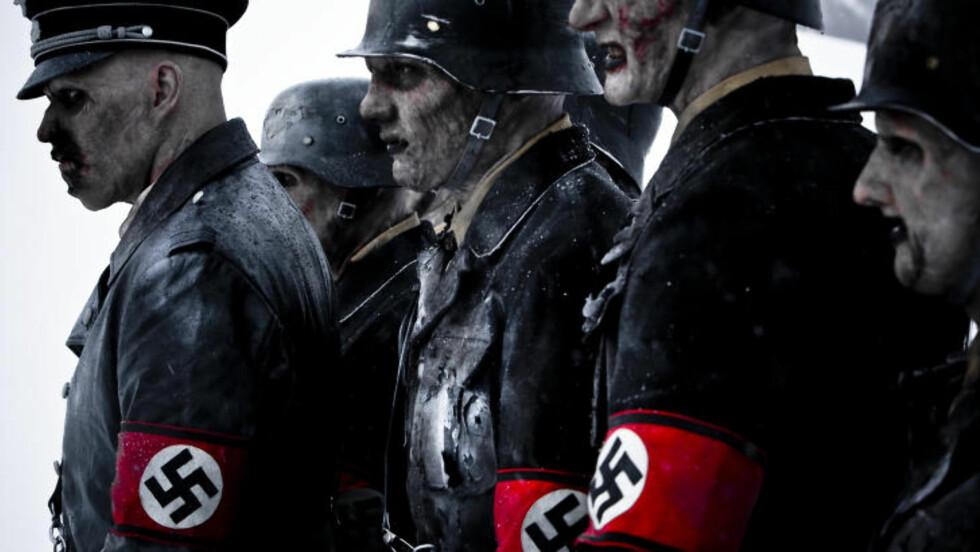 KALD VELKOMST: Nazi-stuntet til nordmennene ble ikke tatt godt imot av politiet i Frankrike. Foto: Filmweb