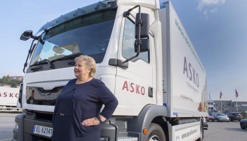 NYVINNING:  Askos elektriske  lastebil har en nyttelast på 5,5 tonn fordel på 18 paller og en rekkevidde på 20 mil og skal distribuere dagligvarer i matbutikker i Oslo-området. Foto: Arne V. Hoem / Dagbladet