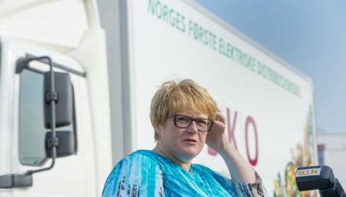 - VI GJØR ERNA GRØNN: Trine Skei Grande sier hun ble ringt opp av en av partene bak ellastebilen som reagerte på at hun ikke skulle være tilstede på jomfruturen. Foto: Arne V. Hoem