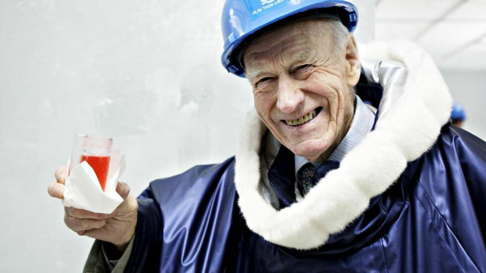 AKSJE ELLER FOND: Har du valget mellom eiendomsaksjer og fond skal du kanskje satse på denne karen - Olav Thon? Foto: Nina Hansen / Dagbladet