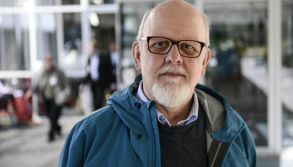 STOCKHOLM 2015-06-05 Sture Bergwall kommenterar Bergwallkommissionens rapport under en TT-intervju utanför Radiohuset i Stockholm på fredagen. Foto: Vilhelm Stokstad / TT / Kod 11370