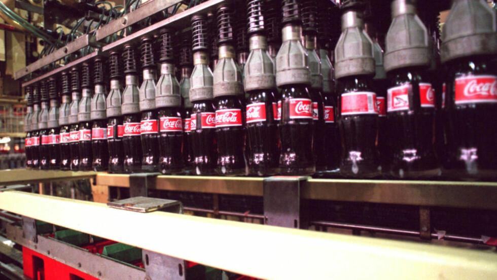 PERVERST: «Den perverse fortroligheten Coca-Cola tillater seg å legge opp til vis-à-vis mennesker de tjener astronomiske pengesummer på handler ikke om økonomisk eller politisk ideologi, men om personlig integritet», skriver kronikkforfatteren. Foto: