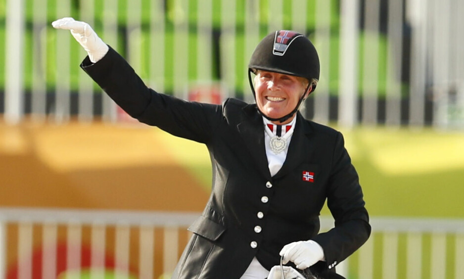 NY MEDALJE: Ann Cathrin Lübbe imponerer stort i Paralympics. Fredag tok hun en ny medalje. Foto: Jason Cairnduff / Reuters / NTB Scanpix