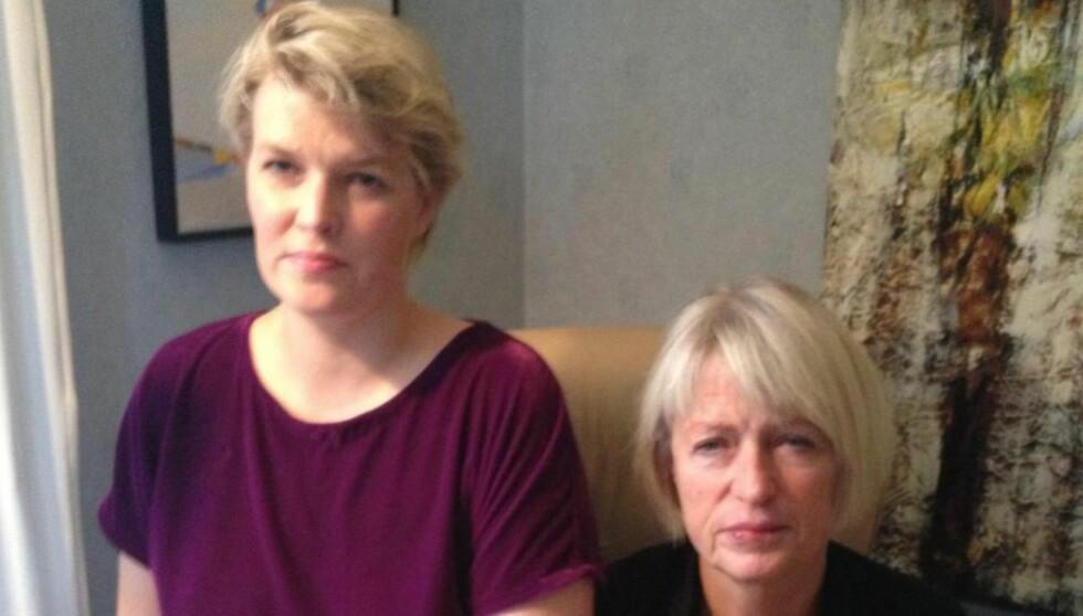 TAKKER NABOENE OG SYKEHUSET:  Ingeborg Kalager Sølverud etter at hun ble utskrevet fra sykehuset i Drammen lørdag, sammen med datteren Marie Sølverud. Foto: Privat.