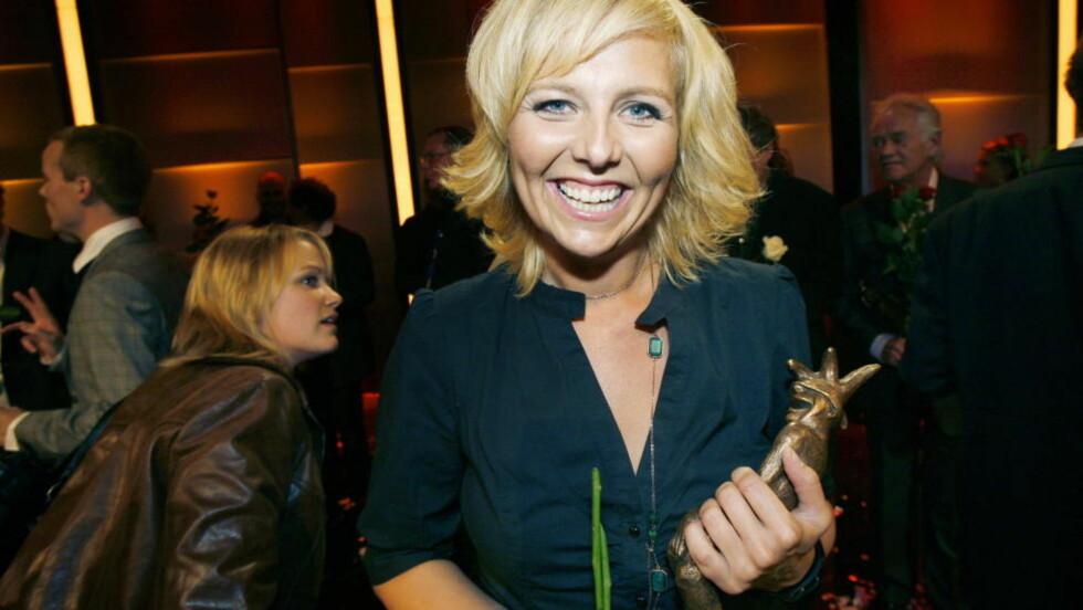 TV-KVELD Linn Skåber er vertinne for utdelingen av årets TV-sending Komiprisen. Hun har tidligere selv vunnet prisen som beste kvinnelige artist.   Foto: Frank Karlsen / Dagbladet