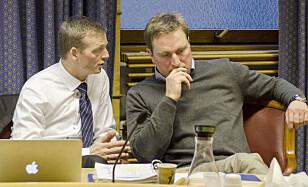 SØKTE OM GJELDSORDNING: Kjell Alrich Schumann (t.h.), her med sin advokat Fredrik Schøne Brodwall (t.v.), i forbindelse med prøveløslatelsessaken i 2013. Foto: Ned Alley / NTB Scanpix