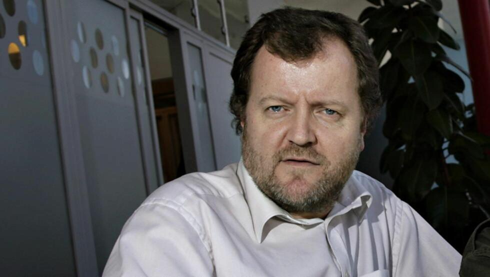 Underholdningsredaktør Charlo Halvorsen sier mannen fikk et helt vanlig frammøtehonorar for å stille i NRK-programmet Trygdekontoret.  Foto: Truls Brekke/Dagbladet