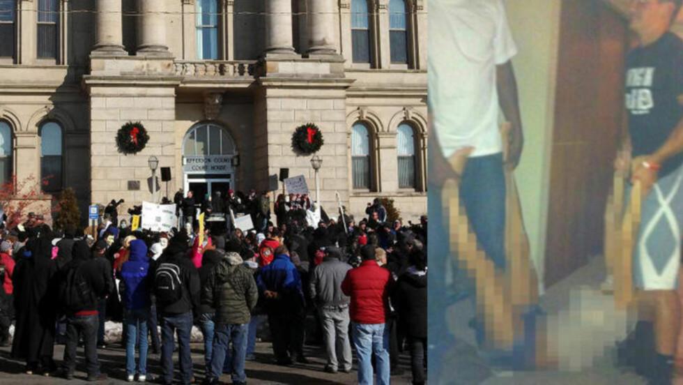 <strong>STERKE PROTESTER:</strong> Det har skapt voldsomme reaksjoner i USA, langt utenfor den vesle byen Steubenville i Ohio, at to sektenåringer på skolens fotballag skal ha voldtatt ei skolevenninne (16) mens klassekamerater sto og så på og filmet hendelsen. Bildet viser en demonstrasjon utenfor Jefferson County Courthouse i Steubenville 5. januar i år. Foto: Reuters/Drew Singer/NTB Scanpix og Privat