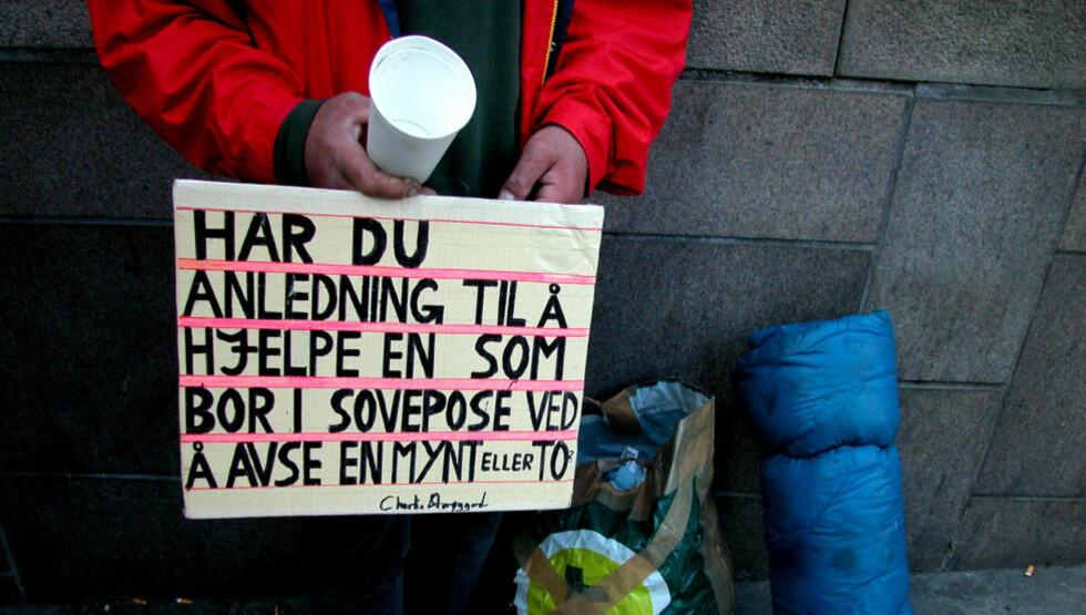 <strong>UØNSKET:</strong> «Tigging er fremdeles et sosialpolitisk problem, ikke et kriminalpolitisk, uavhengig av om de som tigger er norske eller utenlandske statsborgere», skriver artikkelforfatterne. Foto: Berit Keilen / NTB Scanpix