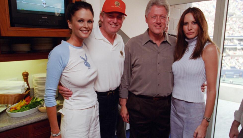 TRUMP: De var tidligere gode venner, Clinton-paret og Trump. Her er Melania Trump (t.h) sammen med Bill Clinton, Donald Trump og modellen Kylie Bax under U.S Open i New York i 2000. Foto: Clinton Presidental Library