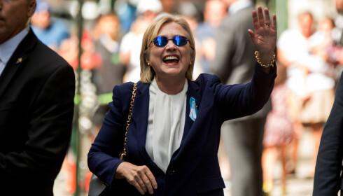 ÅPENHET: Hillary Clinton har lagt fram en fyldig helserapport og sier i et intervju med CNN at hun mener det er mer åpen informasjon om henne enn om noen annen som er i offentlighetens søkelys. Foto: Andrew Harnik, AP / Scanpix