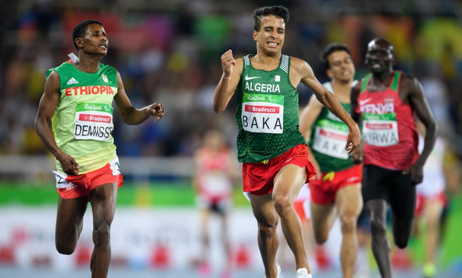 STERK 1500: Algeries Abdellatif Baka spurtslo Tamiru Demisse fra Etiopia i kampen om gullet, men de fire første i løpet hadde alle bedre tid enn gullvinneren i OL. Foto: NTB Scanpix/Bob Martin