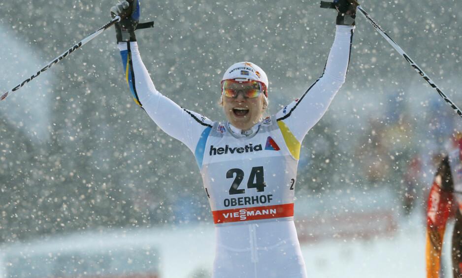 GIR SEG: Svenske Hanna Erikson er ferdig som langrennsløper. Her er hun avbildet da hun vant sprinten i Tour de Ski i Oberhof i 2013. Foto: Terje Bendiksby / NTB scanpix