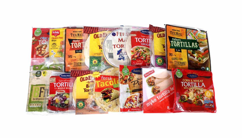 NÆRINGSINNHOLD: Fiberinnhold er viktigst når du skal velge den sunneste tortillaen, men sjekk også sukker- og saltinnhold. Foto: Erik Helgeneset / Bramat.no