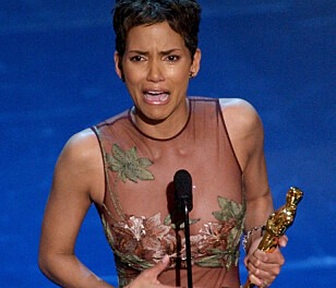 GRÅT: Halle Berry fikk Oscar for sin rolle som den prøvede mora Leticia i filmen «Monsters Ball» Foto: AP /Kevork Djansezian)
