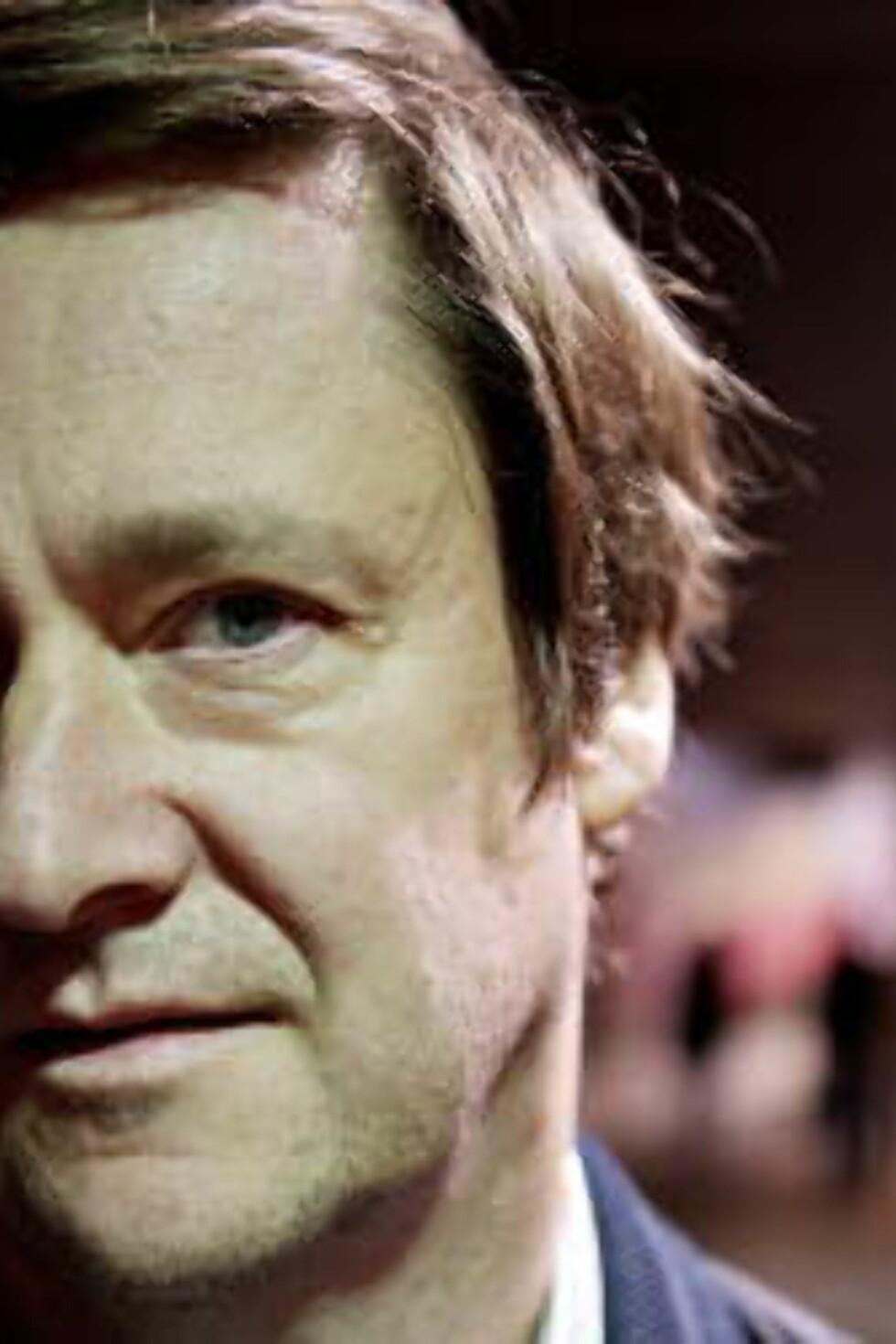 <strong>INGEN LIVSTEGN:</strong> - Jeg formoder at UD gjør det som er nødvendig for å finne ham, sier John Christian Elden, Bhattis advokat. Foto: Torbjørn Katborg Grønning / Dagbladet