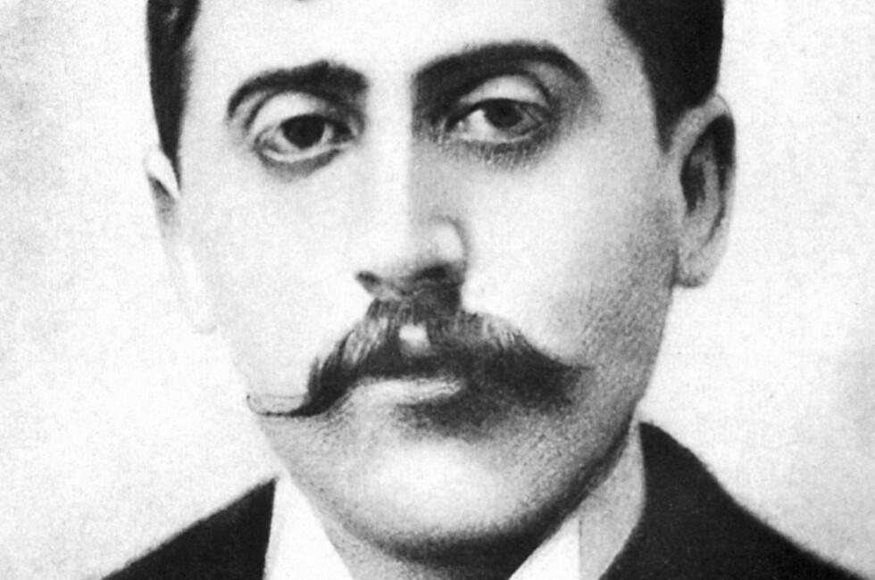 MARCEL PROUST: Fransk forfatter, født 1871, død 1922. I år er det hundre år siden «På sporet av den tapte tid» kom ut.