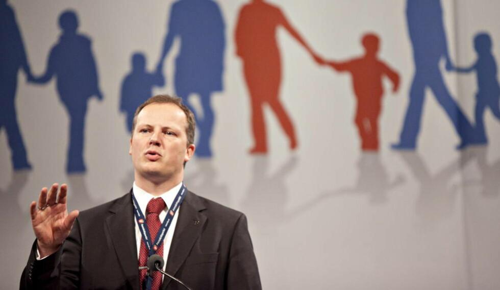 SKATTELEI: Finanspolitisk talsmann i Frp, Ketil Solvik-Olsen, har lite til overs for forslag om økte skatter. Foto: Anette Karlsen / NTB scanpix