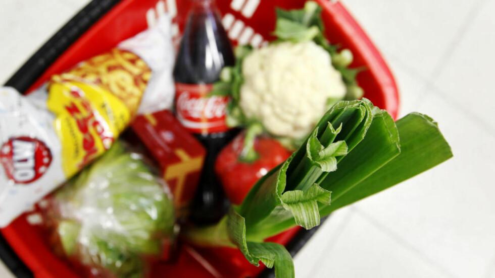 DÅRLIG TID:  Nodmenn sliter med å spise så sunt som vi vil, på grunn av dårlig planlegging, lite kreativ matlaging og dårlig tid. Foto: Erlend Aas / NTBSCANPIX