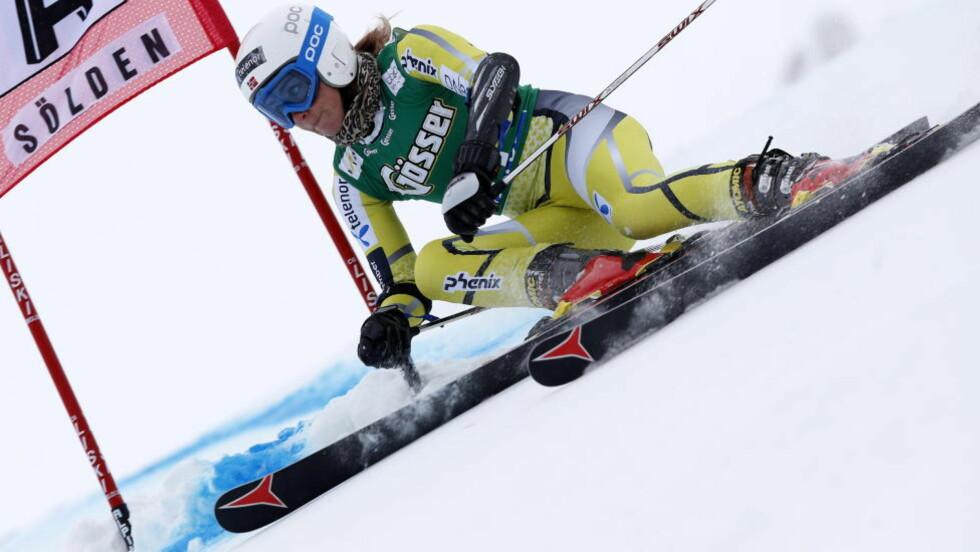 TIL FINALE: Lotte Smiseth Sejersted er klar for sin første storslalåm-finale i verdenscupen etter 28. plass i 1. omgang i Sölden. Foto: CORNELIUS POPPE / NTB SCANPIX