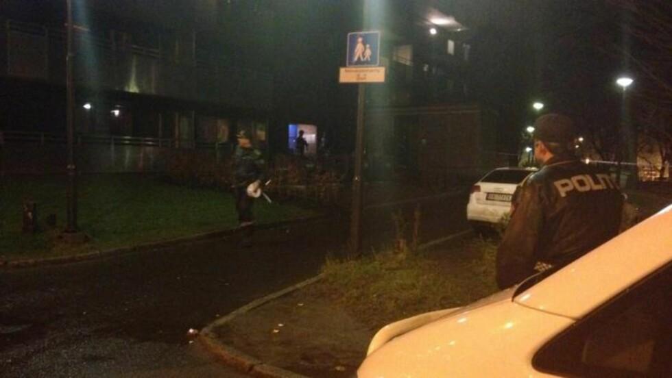 RYKKET UT:  Politiet har sperret av bygningen i Kolstadgata 7. Foto: Frank Karlsen / Dagbladet
