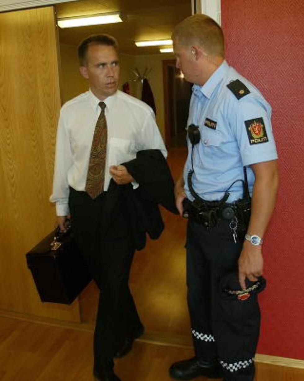 BER OM UNNSKYLD: Politiadvokat Jan Stapnes som fikk dømt Tore Andersen til fengsel i to år og seks måneder, ber nå forretningsmannen om unnskyld. Foto: Torbjørn Berg / Dagbladet