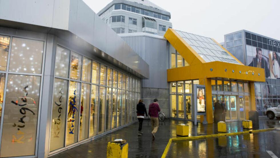 KRINGLAN: Reykjaviks største og eldste kjøpesenter. Foto: JOHN TERJE PEDERSEN