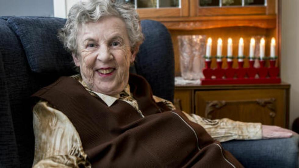 STAMGJEST:  Ragnhild Haugen (73) skal feire jul på Dr. Holms hotell for 8. året på rad. Foto: TORBJØRN BERG