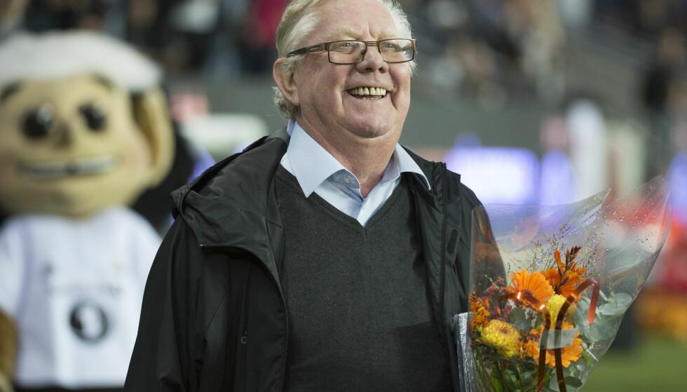 FEIRET: Nils Arne Eggen fylte 75år og ble hedret like før kampstart. Etterpå kom han med kritikk. Foto: Ned Alley / NTB scanpix