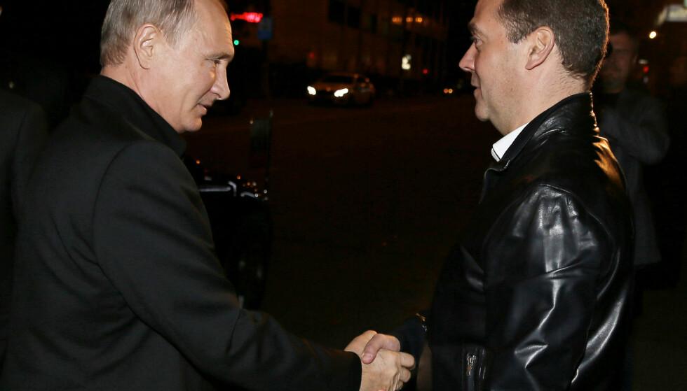 VANT: President Vladimir Putin og statsminister Dmitrij Medvedev. Foto: Sputnik / Pool / Ekaterina Shtukina via REUTERS / NTB scanpix