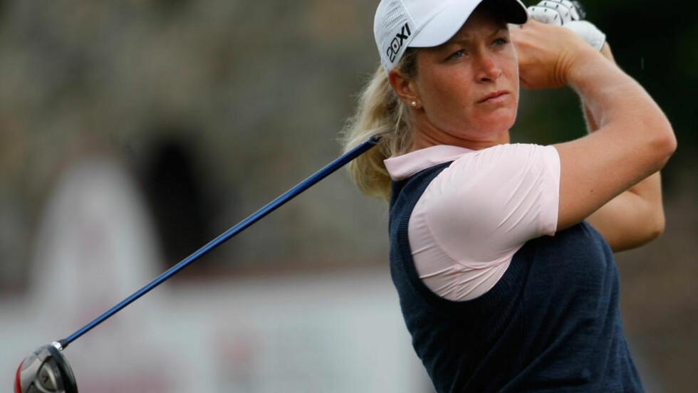BAK TETEN: Suzann Pettersen henger ikke med de beste i LPGA-turneringen i Oregon. Foto: AP Photo/Claude Paris