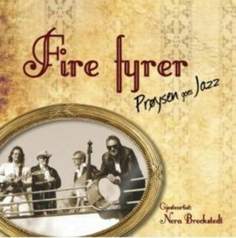FIRE FYRER: Prøysenviser i ny, småhip drakt.