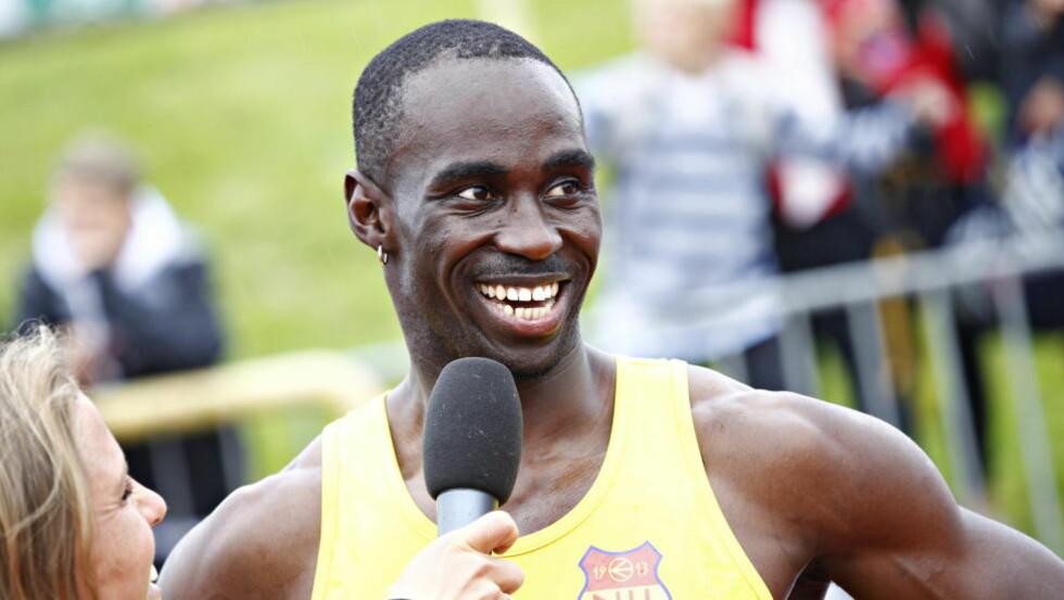 KONGEPOKAL: Jaysuma Saidy Ndure og Tonje Angelsen fikk årets kongepokaler i NM. Foto: Tor Erik Schrøder / NTB scanpix
