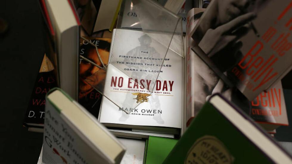 SKAPER BØLGER: Matt Bissonnettes bok. Foto: Spencer Platt / Getty Images / AFP / NTB scanpix