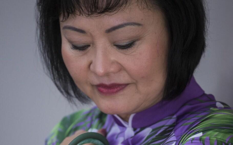 NAPALMJENTA: Kim Phuc er den lille, nakne jenta på bildet fra 1972. Nå bor hun i Kanada og driver en veldedig stiftelse for å hjelpe krigsskadde barn. Hun har skrevet forordet i en ny norsk bok om Vietman der hun forteller om livet etter den fatale dagen i 1972, da napalmbomben slo ned i Trang Bang. Foto: NTB Scanpix