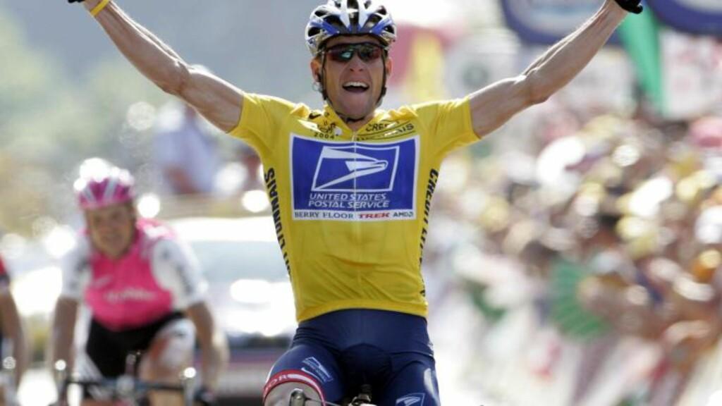 VANT SJU GANGER:  Lance Armstrong vant Tour de France sju ganger. Foto: EPA/JASPER JUINEN