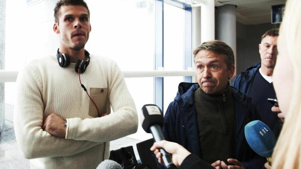 LA SEG FLAT: Rune A. Jarstein beklaget oppførselen etter gårsdagens kamp mot Slovenia, og trusselen han kom med mot en NTB Scanpix-fotograf. Foto: Kent Skibstad / NTB scanpix