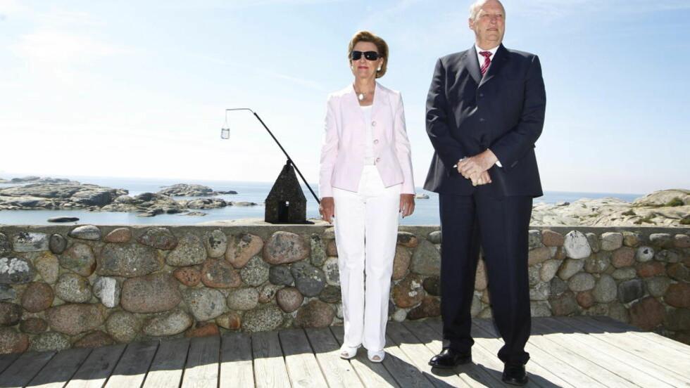 AKUPUNKTUR: Både kong Harald og dronning Sonja er behandlet av Tony Venbakken, som har vært flere ganger på slottet. Slottet vil ikke kommentere opplysningene. Foto: Håkon Mosvold Larsen / NTB Scanpix
