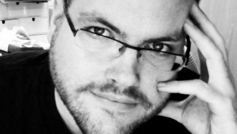 SKEPTIKER: Bloggeren Gunnar R. Tjomlid er blitt kjent for å gå alternative behandlingsformer grundig etter i sømmene.   FOTO: Privat