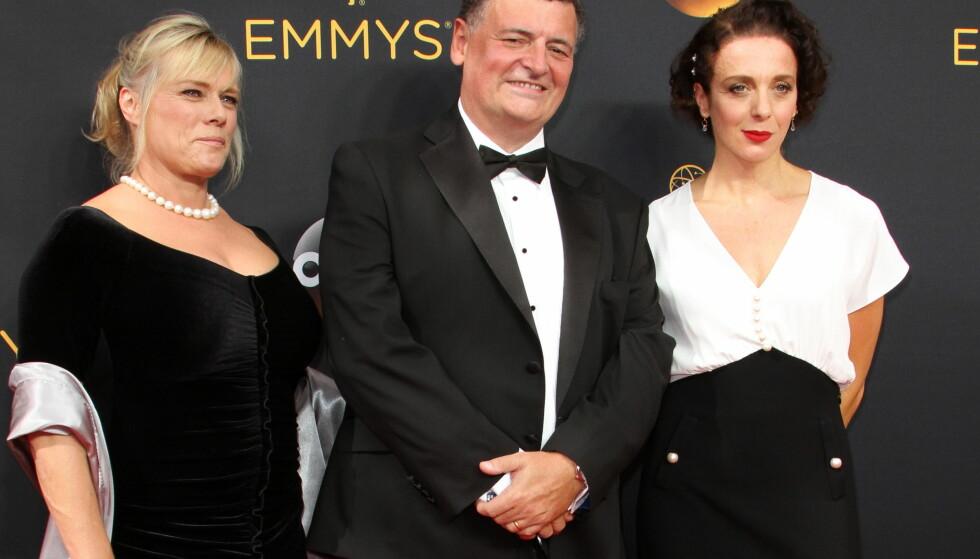 UTSATT FOR TYVERI: Skuespiller Amanda Abbington (t.h) dro hjem fra Emmy-utdelingen i går uten veska. Foto: Adriana M. Barraza/ WENN / NTB Scanpix