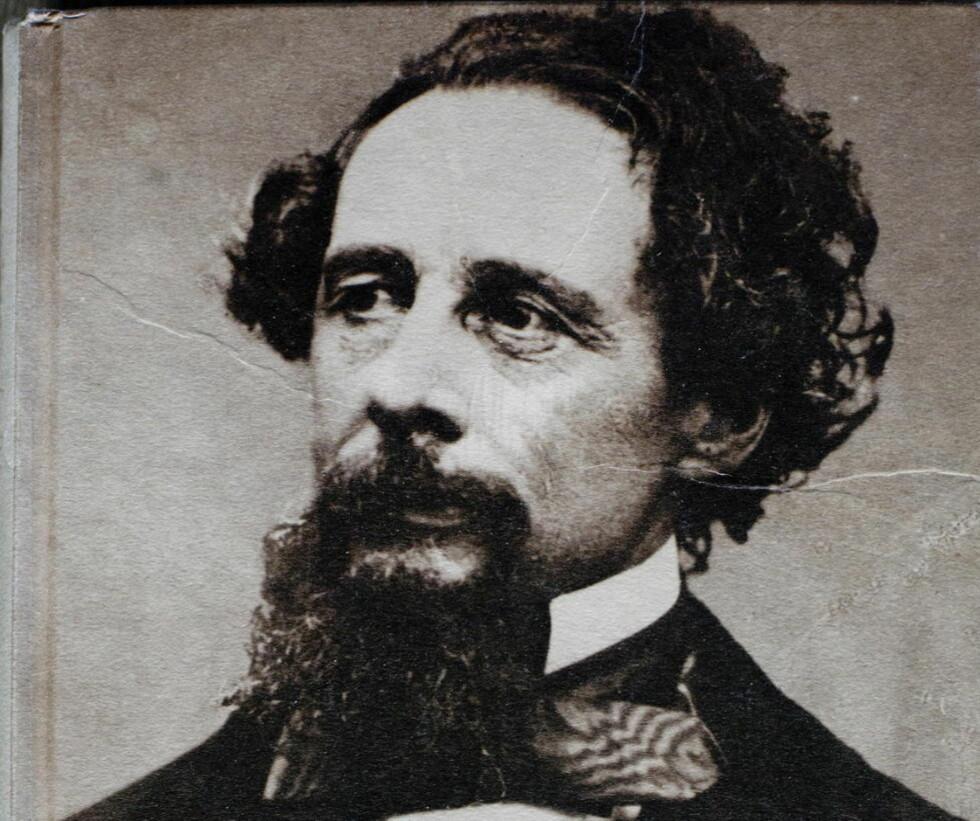 200 ÅRS JUBILEUM  Charles Dickens  roman «Bleak House» er utgitt på ny i anledning 200 års feirin gen av dikterens fødselsdag. På tide, ettersom forrige utgave var høystmangelfull.