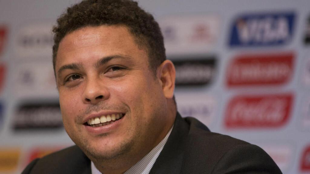 GAMMEL TOPPSPISS: Brasilianske Ronaldo skal være med i et tv-show der han skal forsøke å kvitte seg med fettet på kroppen. Foto: AP Photo/Felipe Dana