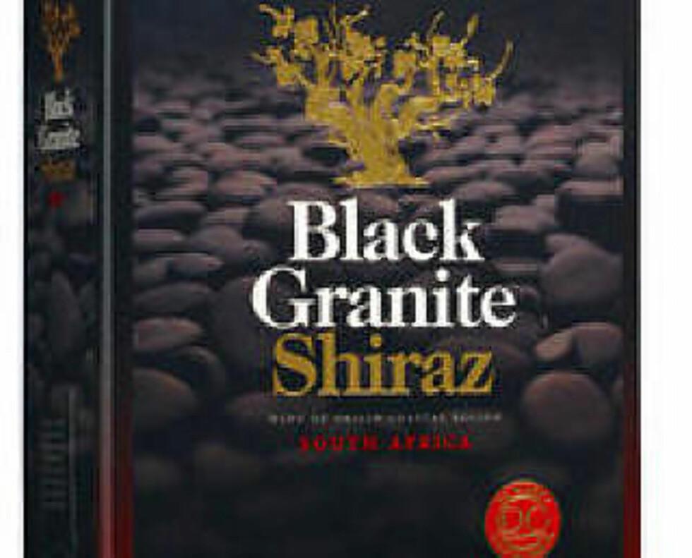 DC BLACK GRANITE SHIRAZ: Rik og smakskraftig sørafrikaner, prøv den til reinsdyrfilet med portvinssaus.