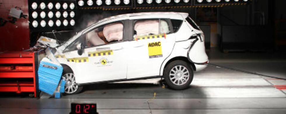 FEM STJERNER: Ford B-Max