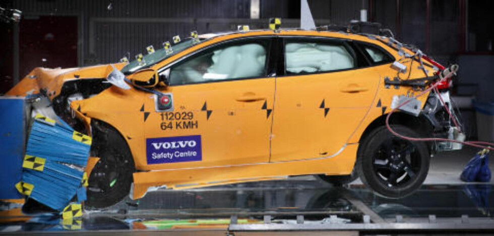 FEM STJERNER: Volvo V40